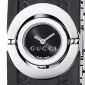 Gucci YA112518-dial