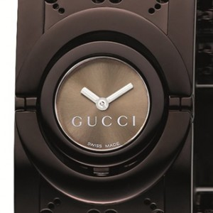 Gucci YA112532-dial